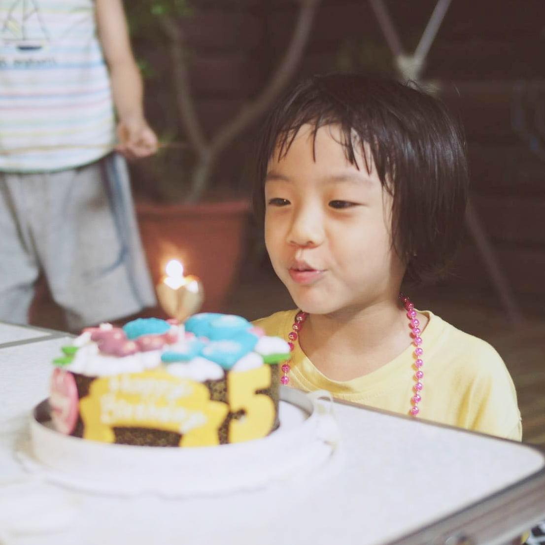 客戶好評-客製化化妝品造型生日蛋糕|米爾利甜點創作 Meler Patisserie